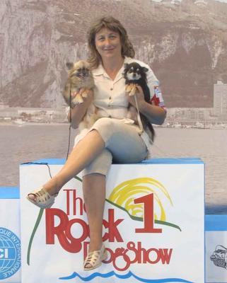 Xampan y Wolyta, perro de raza Chihuahua de Pelo Largo